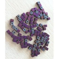Perle cubique en métal couleur turquoise mat