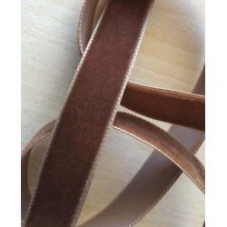 ruban de velours  marron 060