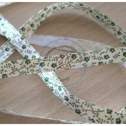 joli ruban satin écru motif floral vert
