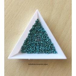 sachet de perles de rocaille couleur turquoise